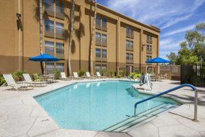 GreenTree Inn & Suites Phoenix Sky Harbor Pool